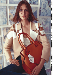 491724359_di_Battista_Tods_Spring_Summer_2015_02.thumb.png.279d334aebf372cd53ee68eb23758fde.png
