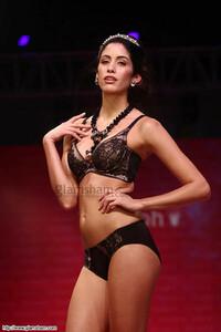 954334100_15-models-walk-ramp-for-triumph-lingerie-fashion-show(1).thumb.jpg.4050cba27e2efcfcf4e4d122c80446a4.jpg