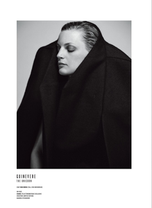 Colls_V_Magazine_Fall_2018_17.thumb.png.7e19f058d2ed8464126d993a027f5baa.png