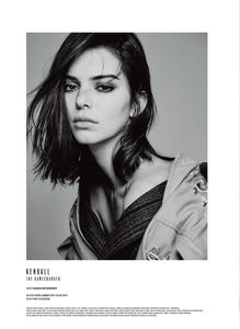 Colls_V_Magazine_Fall_2018_25.thumb.png.1d4d50103b9d608487872b7c938355cb.png