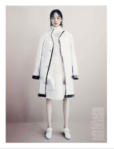 Demarchelier_W_Magazine_November_2013_05.thumb.png.2217604850c82545eec6914866a96709.png
