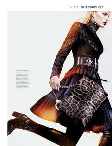 Lennox_W_Magazine_September_2013_03.thumb.png.1b90d81e19b461523b0131fbd1d3a5a4.png