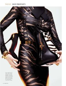 Lennox_W_Magazine_September_2013_04.thumb.png.4d9a79b99af1b93d5f2889ee7568f112.png