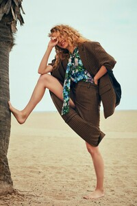 Will-Vendramini-Costume-Magazine-Tanya-Kizko-8.thumb.jpg.26e8996b17cd56749d6b1069a89f16c1.jpg