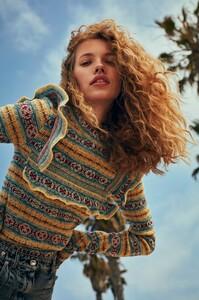Will-Vendramini-Costume-Magazine-Tanya-Kizko-9.thumb.jpg.d3cbb8eac9f34488f24e53473f7a55f7.jpg