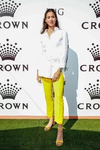 garbine-muguruza-crown-img-tennis-party-in-melbourne-01-13-2019-1.jpg