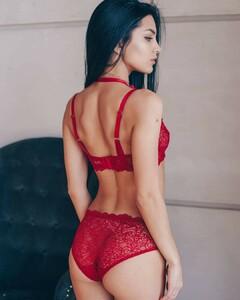 lingerie_jar_49443950_414877215721759_504601065835304062_n.jpg