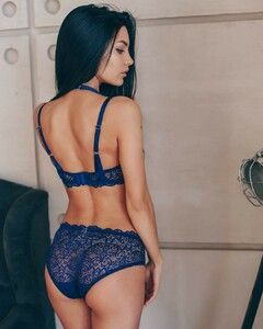 lingerie_sakh_50867053_370953610361179_2444076075644514470_n.jpg