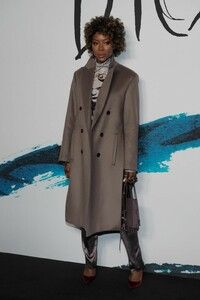 naomi-campbell-dior-homme-menswear-show-in-paris-01-18-2019-6.jpg