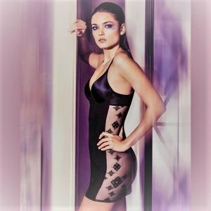 sensuality-dress.thumb.jpg.809123918bdc4b1e7bd273865591e1ef.jpg