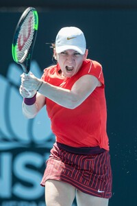 simona-halep-2019-sydney-international-tennis-01-09-2019-7.jpg