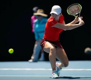 simona-halep-2019-sydney-international-tennis-01-09-2019-8.jpg