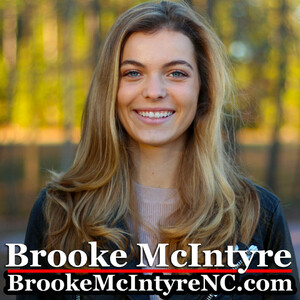 Brooke McIntyre 04.jpg