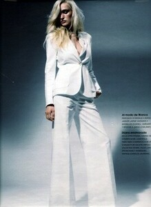 lores_Lydia Koeppel__Pictures__Photographers_Christian Kettinger - Marie Claire E_Marie Claire-Christian Kettinger_0006.jpg