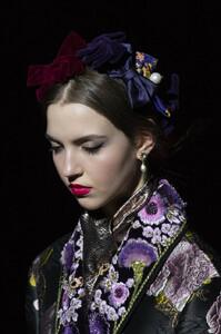Dolce+Gabbana+Fall+2019+Details+m5798dT5Mhsx.jpg