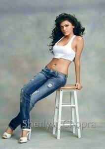 Sherlyn Chopra 21.jpg