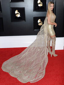 Lele Pons at the 61st Annual Grammy Awards in Los Angeles 02-10-2019 a02.jpg