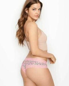 barbara palvin ass