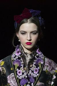 Dolce+Gabbana+Fall+2019+Details+IG1FjENc_xkx.jpg