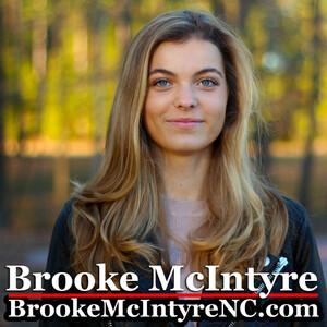 Brooke McIntyre 05.jpg