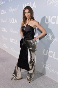 UCLA+IoES+Honors+Barbra+Streisand+Gisele+Bundchen+-P8idQUToS9x.jpg