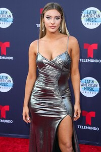 Lele Pons at the Latin American Music Awards in Hollywood 10-25-2018 a01.jpg