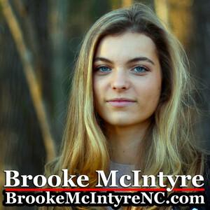 Brooke McIntyre 02.jpg
