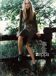 Grazia-Magazine-Photography-Indira-Cesarine-070.jpg