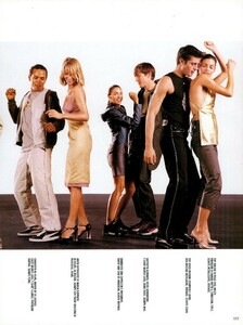 Meisel_Vogue_Italia_December_1998_05.thumb.png.646126a79925ecd42d6c5d2fad124c35.png