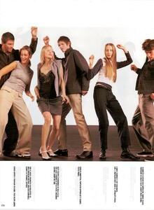 Meisel_Vogue_Italia_December_1998_06.thumb.png.64fc7e8c0c2ca912a8b3fdea1950320f.png