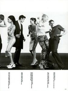 Meisel_Vogue_Italia_December_1998_09.thumb.png.7fb388f4b81d7156ef53a0eacc4c58d3.png