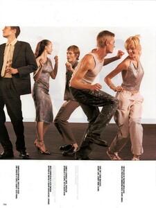 Meisel_Vogue_Italia_December_1998_14.thumb.png.07bd124da0b1caef70d85afe11f035f7.png