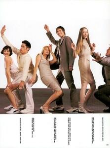 Meisel_Vogue_Italia_December_1998_15.thumb.png.00eb5a864c963c00b09d0b850cd12824.png