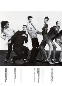 Meisel_Vogue_Italia_December_1998_24.thumb.png.a69c1573e9d96547b97a3045675e66a2.png
