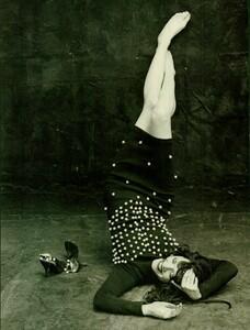 Meisel_Vogue_Italia_November_1988_07.thumb.jpg.853d82fc1cf97bc9e75b1061fe6a2bd9.jpg