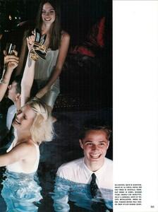 Smith_Vogue_Italia_December_1998_06.thumb.jpg.5a635a7bdda2f24ed45f64d1d4590f11.jpg