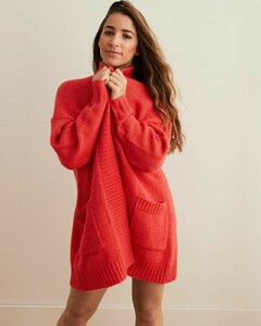 aly-raisman-aerie-winter-collection-2018-0.thumb.jpg.1bd2aab16a1017a0855bc2ff6a205f0f.jpg