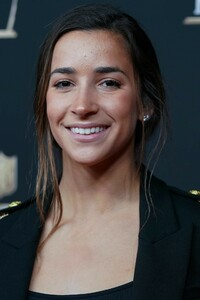aly-raisman-nfl-honors-in-atlanta-02-02-2019-0.thumb.jpg.be1bce07e653e216d769bf96d41ef40e.jpg