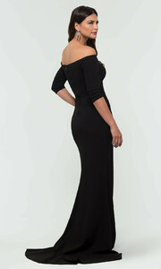 black-dress-KL-200118-b.thumb.jpg.e619c29513a989b310ea2929dc81f995.jpg