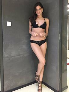 fiorella-bayan-manken-resim21.thumb.JPG.391b72b9db16fa41c7aebf43e6eb93f2.JPG