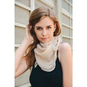 leto-wholesale-scallop-stitch-trim-bandana-scarf-lightweight-festival-style-boho-bohemian-fashion-cute-women-accessory-summer-spring-neckerchief-ivory.thumb.jpg.d14cd01602f01ae66984a252b83dbd0d.jpg
