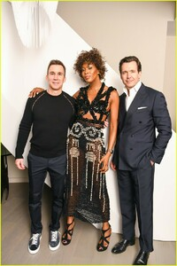 naomi-campbell-launches-equinox-hotels-new-campaign-17.jpg