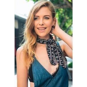 navy-cute-morrocan-style-neckerchief-scarf-leto-wholesale-neck-scarf-stewardess-style-fashion-women-spring-summer-accessory-blogger-look-street.thumb.jpg.5f24902a68c6ab535f6e8c7952bd9bff.jpg