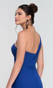 royal-dress-KL-200124-d.thumb.jpg.ebcbc82f85d34be3993f623774198459.jpg
