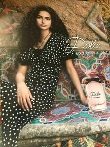 unkOriginal-Dolce-Gabbana-Garden-Ad-Poster-Perfume-Couture.thumb.jpg.1272002fe6be0d82dec03f104ecec83c.jpg