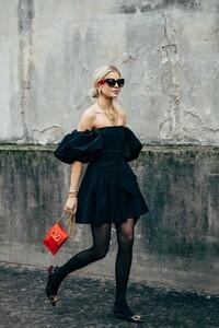 Paris-Fashion-Week-Day-7 (2).jpg