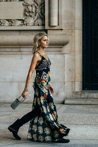 Paris-Fashion-Week-Day-4 (1).jpg