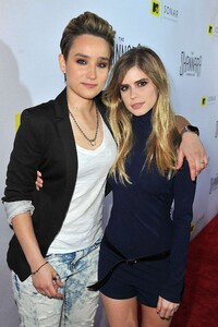 Bex-Taylor-Klaus--The-Shannara-Chronicles-Premiere-Party--06.jpg