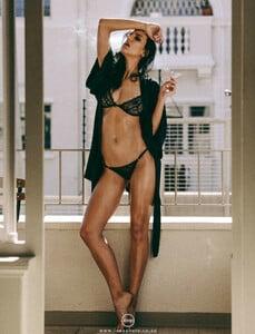 Charissa du Plessis  nackt