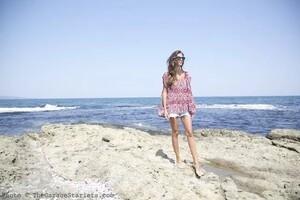 The_Garage_Starlets_Stanimira_Koleva_Mira_Thierry_Lasry_Capasca_Abercrombie_-amp-_Fitch_Beach_10.thumb.jpg.c0e8ebe0d2dca112cbaf7e3fab37a58f.jpg